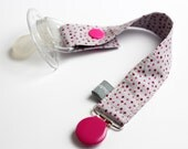Pacifier clip - snap - enamel clip - dots - pink - grey - cotton fabric - baby boy - baby girl - baby gift - baby shower - dummy