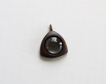 Triangle - Pendant Blank - Pendant Setting - Handcrafted by ArtBASE - Walnut - 20 mm Cavity - Brass Bail - (E620-W)