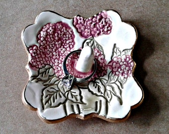 Small Ceramic Ring Holder Hydrangea Dark Rose gold edged