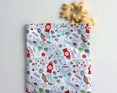 Reusable Snack Bag, Sandwich Bag with dogs and fire hydrants, Zero Waste Lunch Bag, Doggie treat bag, Puppies