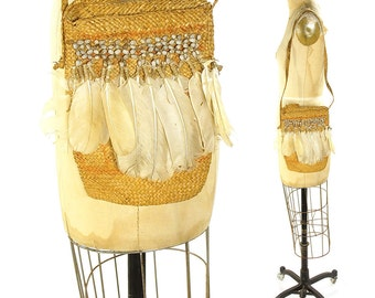 Vintage Bilum Bag with Cockatoo Feathers & Job's Tears / Tribal Papua New Guinea Woven Straw Grass Fiber Ceremonial Basket Purse