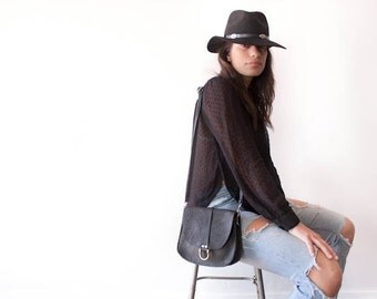 Small Saddle Bag in Black Bison / Leather Saddle Bag / Saddle Bag Purse / Leather Satchel / Leather Crossbody Bag / Small Black Purse