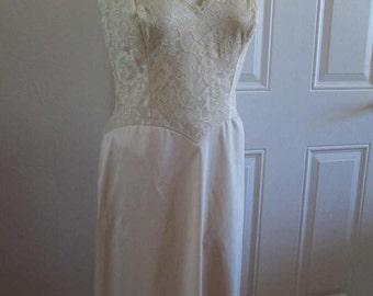 Vanity Fair 50s Vintage Slip Beige Vintage slip Sheer Lace 50s nylon Slip vintage wedding lingerie size 36 M