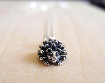 Hedgehog Necklace, Woodland Animal Jewelry, Sterling Silver Necklace, Tiny Porcupine Necklace, Forest Nature, Hedgehog Chain Necklace (N058)