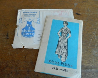 Vintage Newspaper Printed Pattern #9421 Womens Dress Pattern, Pattern Services, Sewing Pattern, Houston Chronicle Size 20 1/2