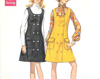Double Breasted Jumper with Pockets Bust 34 Butterick 5473