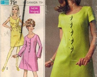 1960s Simplicity 7638 Vintage Sewing Pattern Misse Designer Dress, A-line Dress, Mod Dress, Step-in Dress Size 10 Bust 32-12
