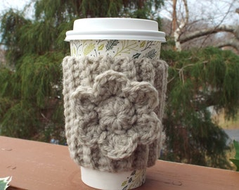 Oatmeal Cup Cozy, Crochet Coffee Sleeve with Flower, Beige Coffee Cosy, Drink Cozy, Reusable Coffee Cozy