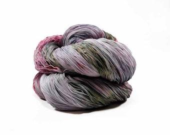 300 Yards Hand Dyed Crochet Thread Size 10 Cotton Thread 3 Ply Speckled Dark Green Red Wine Puce Fine Cotton Yarn