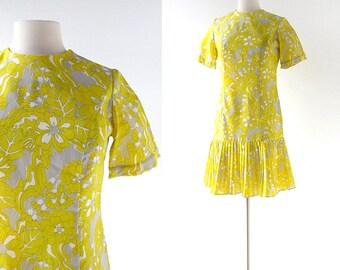 60s Mod Dress / Yellow Floral Dress / Drop Waist Dress / Small S