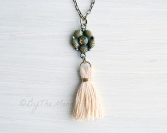 Tassel Necklace, Green Flower Necklace, Gift for Her, Mother's Day Gift, Tassel Pendant, Boho Necklace, Graduation Gift, Boho Wedding