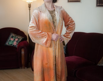 Vintage 1920s Coat - Opulent Ombre Silk Velvet Melon 20s Jacket with Wide Smocked Shawl Collar