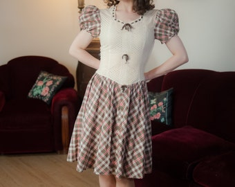 Vintage 1930s Dress - Insanely Cute Plaid Cotton and Ivory Eyelet Late 1930s Dress with Puffed Sleeves