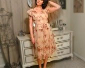 Vintage Beautiful Pink Floral Belted Dress - Size S/M