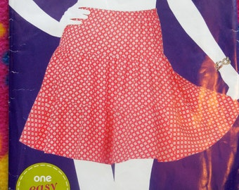 Simplicity 1739 - Sew Simple Skirt - Easy to Sew - Beginner - Tiered Skirt - Gypsy Skirt - Size 10, 12, 14, 16, 18, 20, 22 - UNCUT