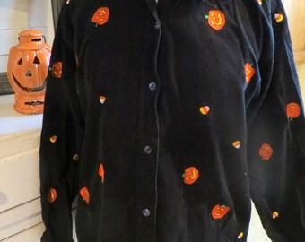 Vintage Novelty Halloween Corduroy Shirt - Embroidered Candy Corn & Pumpkins - Size M/L - Festive  Halloween - Halloween Costume