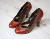 1940s bourbon leather pumps