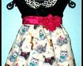 Girls Rockabilly Velvet Retro Kittens Dress ........Size 2