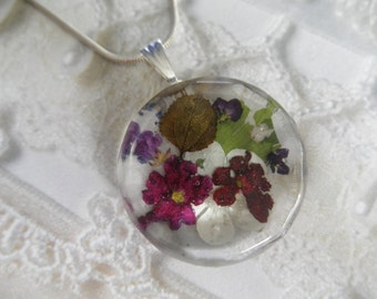 Red,Pink Verbena,Aspen Leaf,Snowball Bush,Alyssum,Ferns Faceted Jeweler's Crystal Pendant-Symbolizes Thoughts of Heaven,Overcome Doubts,Fear
