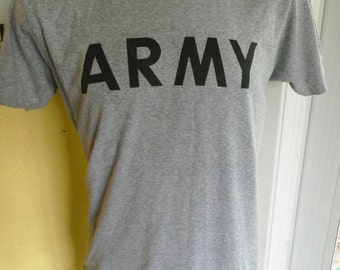 US Army 1980s vintage tee - gray soft and thin shirt size large