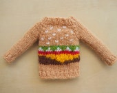 Hungry Hungry Burger: Blythe doll knitted burger sweater