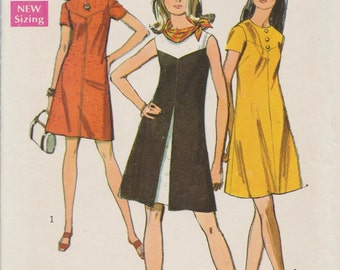 Simplicity 8638 / Vintage 60s Sewing Pattern / Dress / Size 16 Bust 38