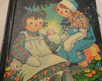 RAGGEDY ANN Wishing Pebble Vintage Johnny Gruelle 1960