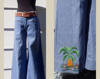 "Vintage 1970's Boho Embroidered Woman's Low Ride Bell Bottom Denim Jeans w/Slit Pockets -  32"" W"