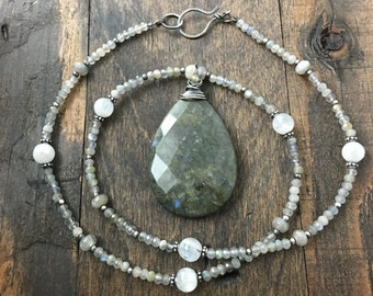 Labradorite and Moonstone Necklace, Gemstone Necklace, Silver Necklace, Healing Necklace, Inner Awakening, Calming