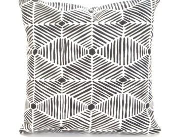 Black White Geometric Pillow Cover, Decorative Pillows, Cushion Covers, Black White Heni Euro Sham Decorative Pillows, One ALL SIZES