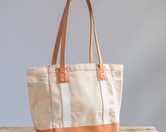 Carry Tote in Natural Waxed Canvas & Saddle Tan Leather