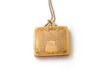 Antique Locket / Gold Filled Square Locket c.1930s