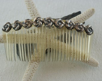 Vintage Celluloid and Silver Tone Metal Floral Hair Comb  .....1262