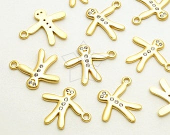 PD-1663-MG / 2 Pcs - Gingerbread Men Charms, Gingerman Cookie Pendant, Matte Gold Plated over Brass / 12mm x 14mm