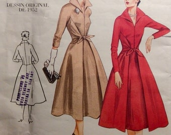 Vogue Original 1952 Design Sewing Pattern Vintage Model New Look Dress Reprint Uncut Size 6-8-10 Flared Skirt Fitted Bodice
