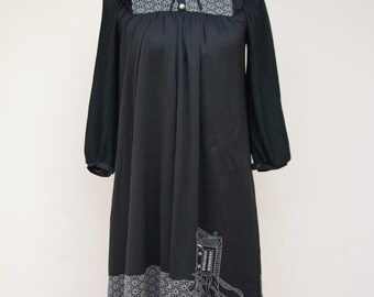 Vintage Japanese Dress   1970s dress   Black White Dress   Stand Collar Dress   Spring Summer Dress