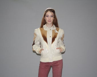 1980s Vintage  Ivory Genuine Leather Jacket With Antelope Fur Detailing - Vintage Leather and Fur Jacket - Vintage Antelope  - WO0586