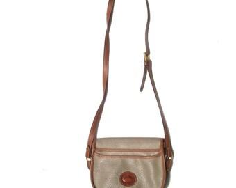 90s Dooney & Bourke burke 1990s vintage cross body shoulder strap ergonomic taupe leather designer purse bag authentic preppy adjustable os