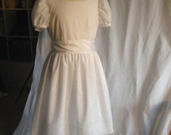 Eyelet Flower Girl - First Communion Dress - size 6-9 MB10011