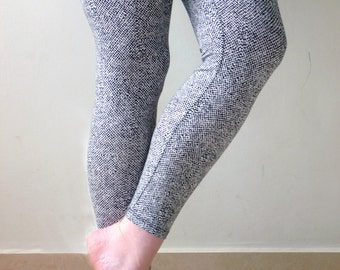 XL comfy legging, print leggings, women's tights, womens dotted leggings, plus size leggings, XL leggings, comfy clothing