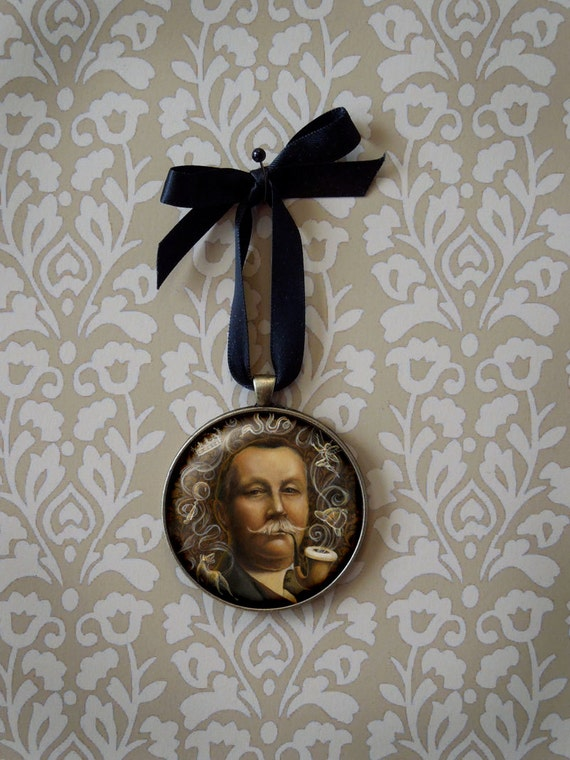 Arthur Conan Doyle Ornament, Victorian, Gothic, Detective, Sherlock Holmes, Literary Gift, Bibliophile Gift, Teachers Gift, Writers Gift