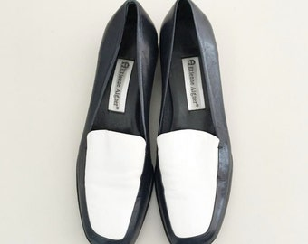 Vintage Leather White and Navy Etienne Aigner Loafers- 7 / Colorblock Flats
