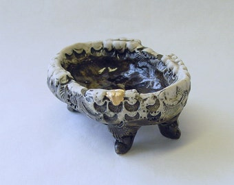 22k Gold Tooth on Edge Ring or Sauce Bowl