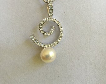 Bridal Design Crystal and Pearl Necklace