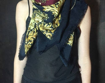 Printed oversized maxi scarf