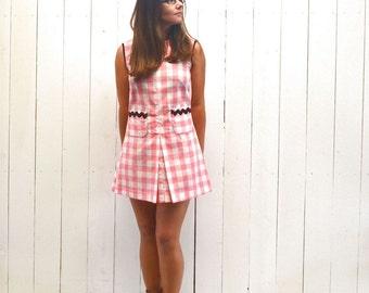 Vintage Mini Dress Checker Print Diner Waitress Style Go-Go Dress 1960s Pink White Small