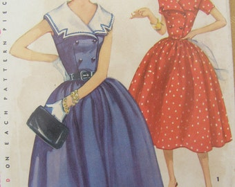 1954 Simplicity Dress with Detachable Collar Sewing Pattern 1011, Size 11, Bust 29, Uncut