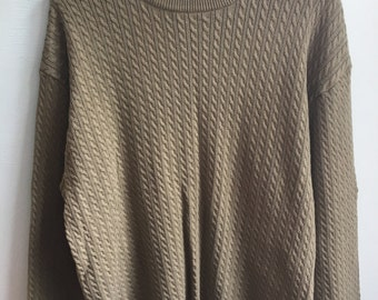 lightweight olive green cable knit sweater / large