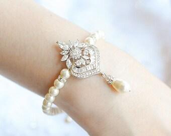 Bridal Pearl Bracelet, Wedding Bracelet, Crystal Bridal Bracelet, Swarovski Pearl Bracelet, Flower Leaf Bracelet, Tennis Bracelet, EZMAE