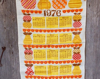Vintage Printed Linen Kitchen Calendar 1976 with apples and pears, retro graphics
